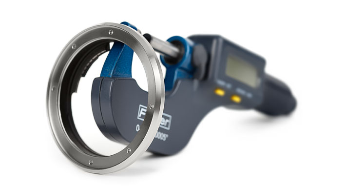 Leitax Leica-R to Canon-EF Mount Lens Adapter